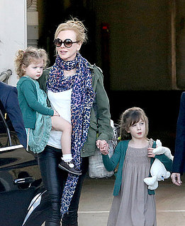 Nicole Kidman & Daughters: Down Under