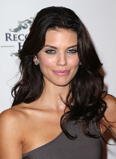 8. AnnaLynne McCord: Blond to Black