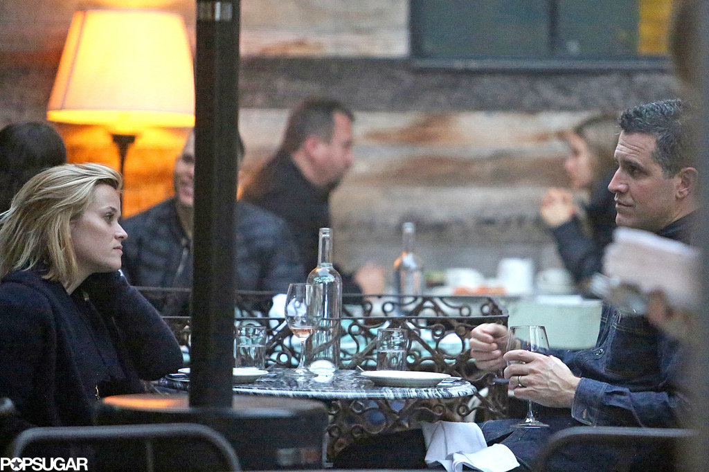 Reese Witherspoon and Jim Toth had lunch at Gjelina in LA.