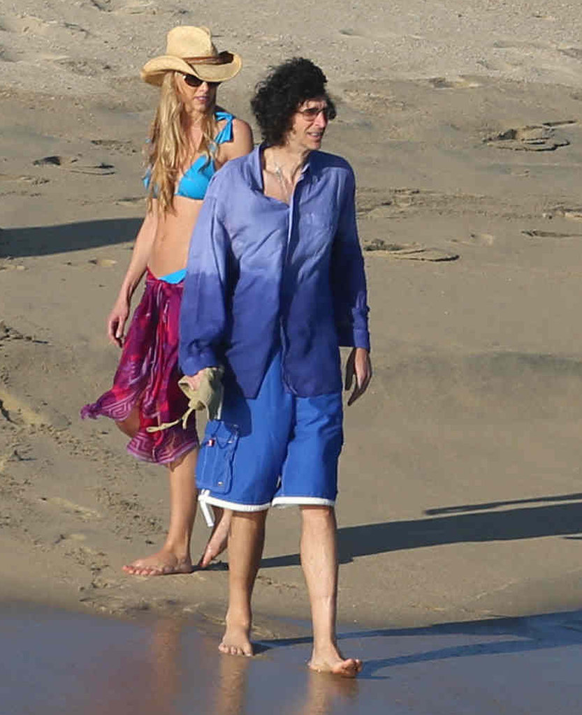 Beth Ostrosky and Howard Stern were among the guests on vacation with Jennifer.