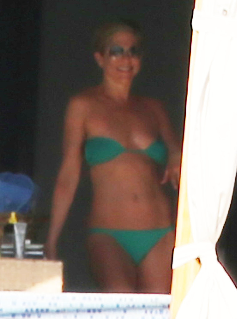 Jennifer emerged with a smile and yet another bikini.
