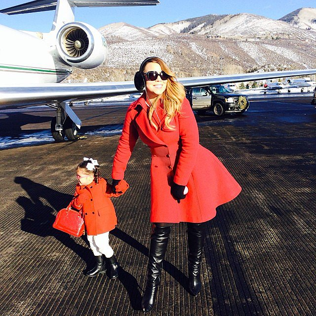 Monroe Cannon matched her mama as the family prepared to take flight home from Aspen. Source: Instagram user mariahcarey