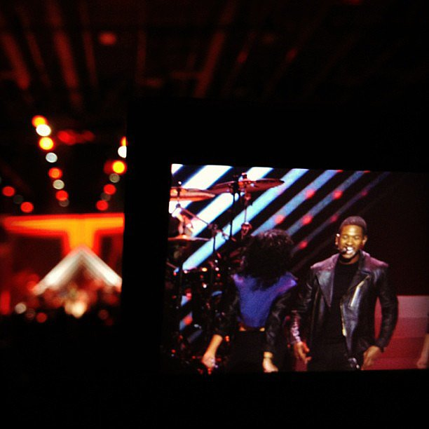 Usher doing his thing at the Kids' Inaugural Concert.