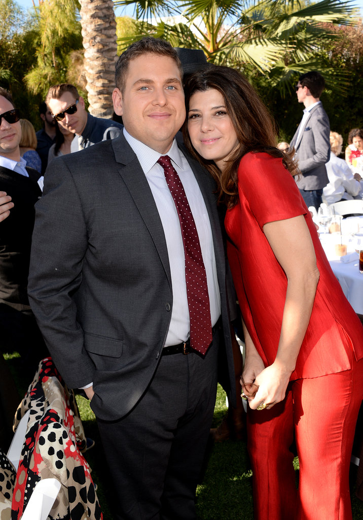 Marisa Tomei leaned in for a snap with Jonah.