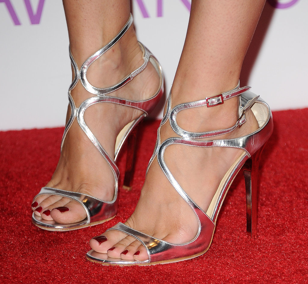 Beth Behrs Feet People's choice awards