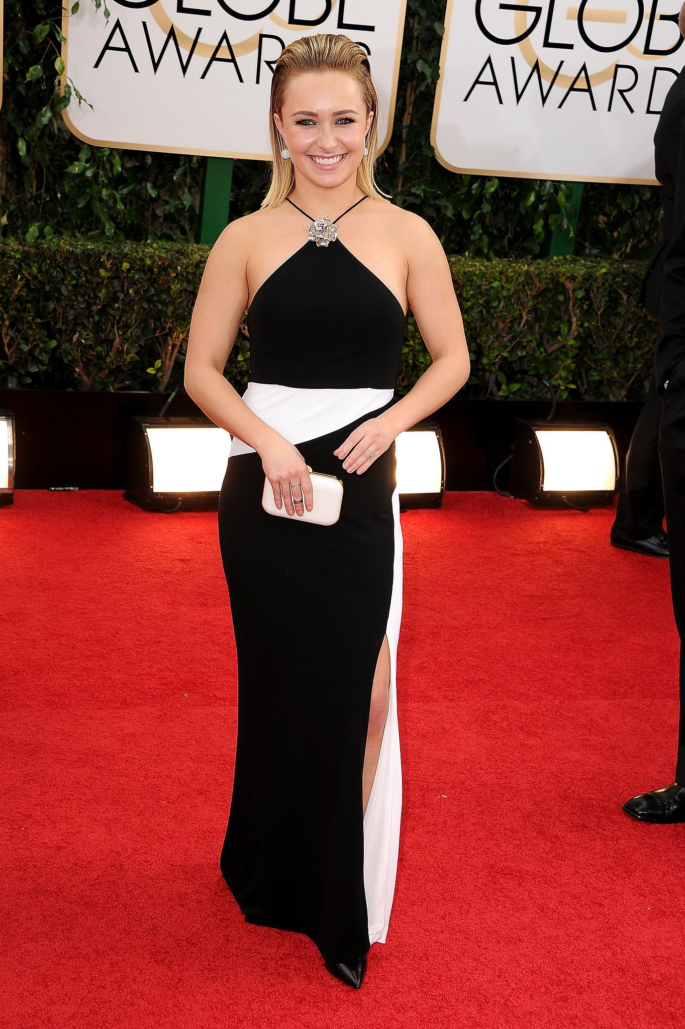 Hayden Panettiere stayed cool in a crisp black and white look for