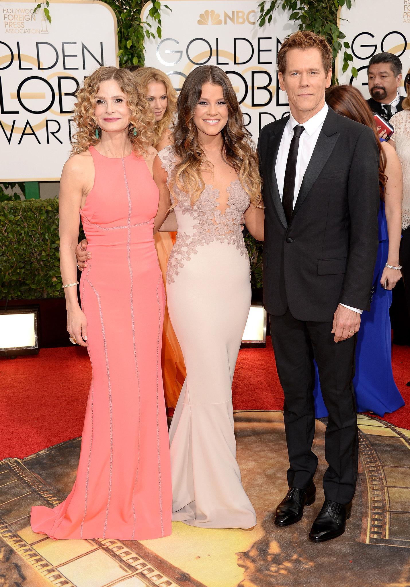 Kyra Sedgwick and Kevin Bacon posed with their daughter and Miss Golden Globe Sosie Bacon.