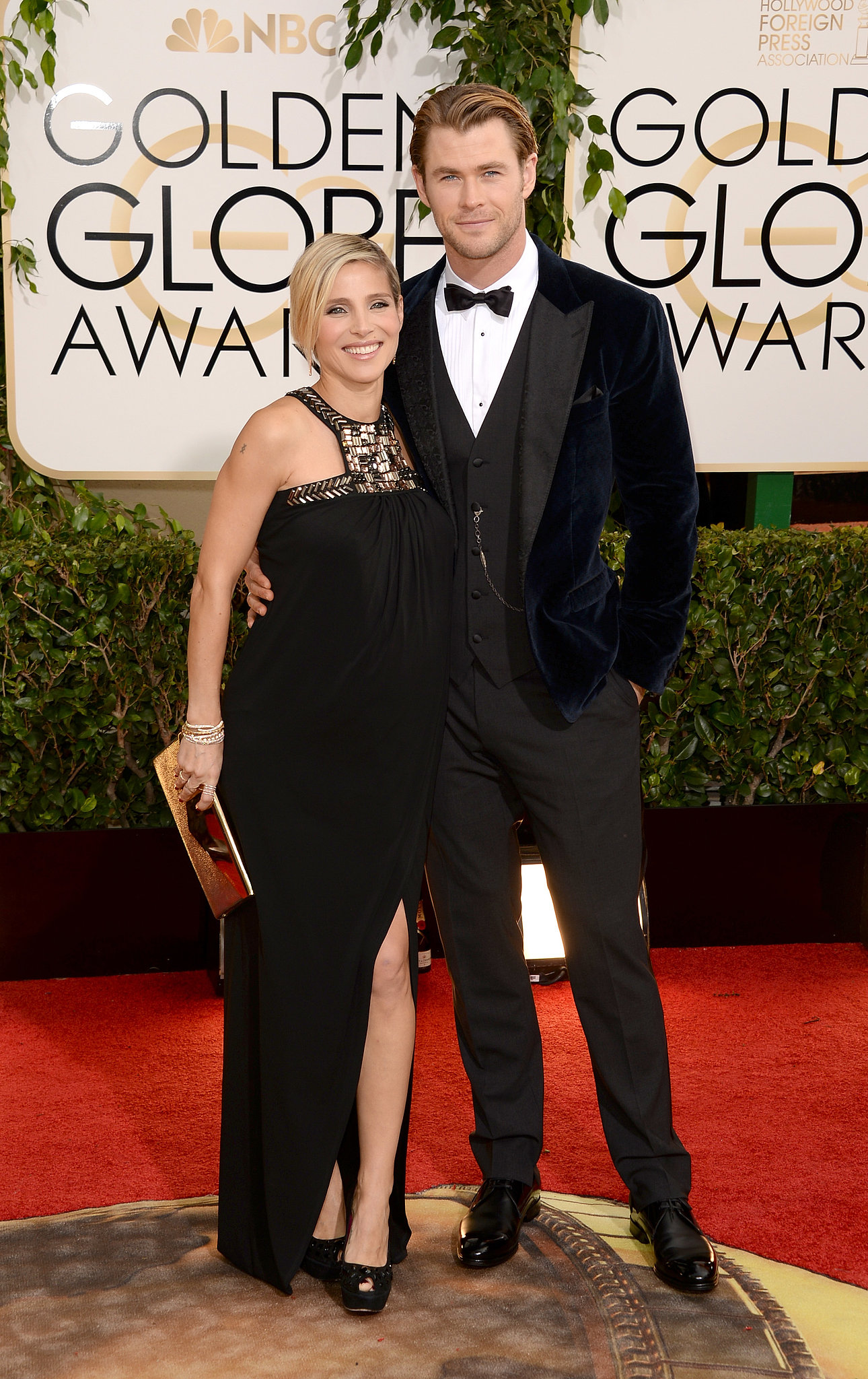 Chris Hemsworth kept his arm around Elsa Pataky at the Golden Globes.