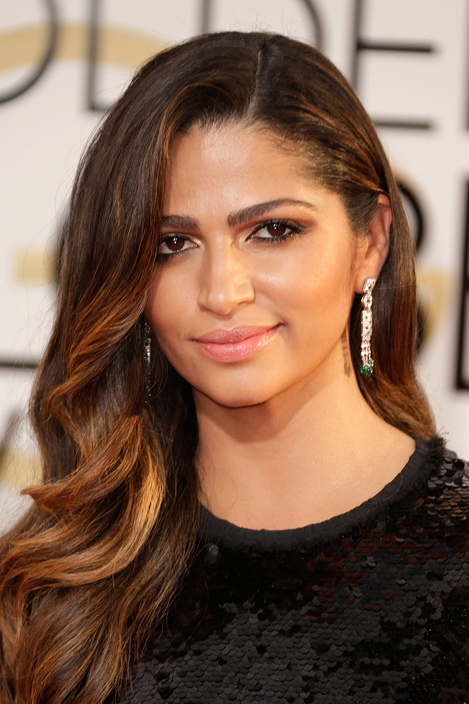 how tall is camila alves