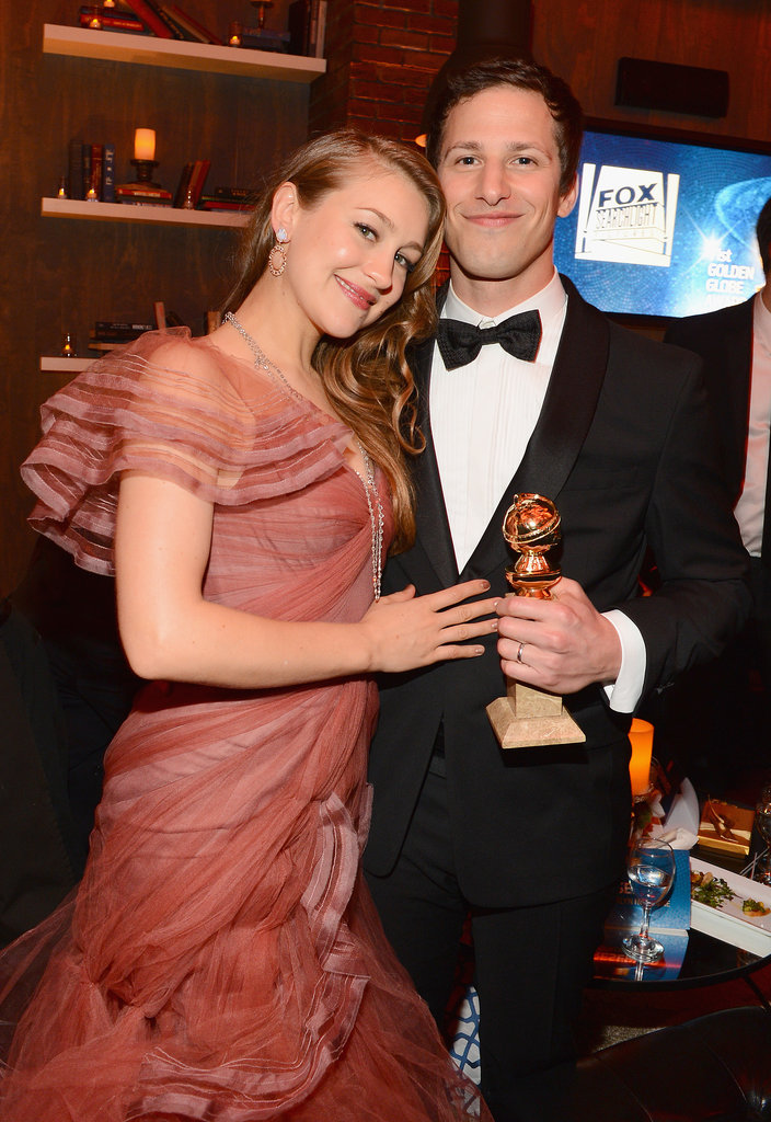 Andy Samberg posed with his Golden Globe and his wife, Joanna Newsom.