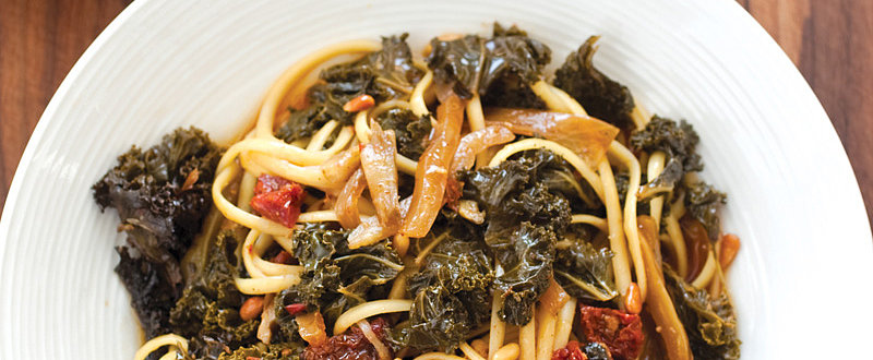 Rustic Kale, Fennel, and Sun-Dried Tomato Sauce