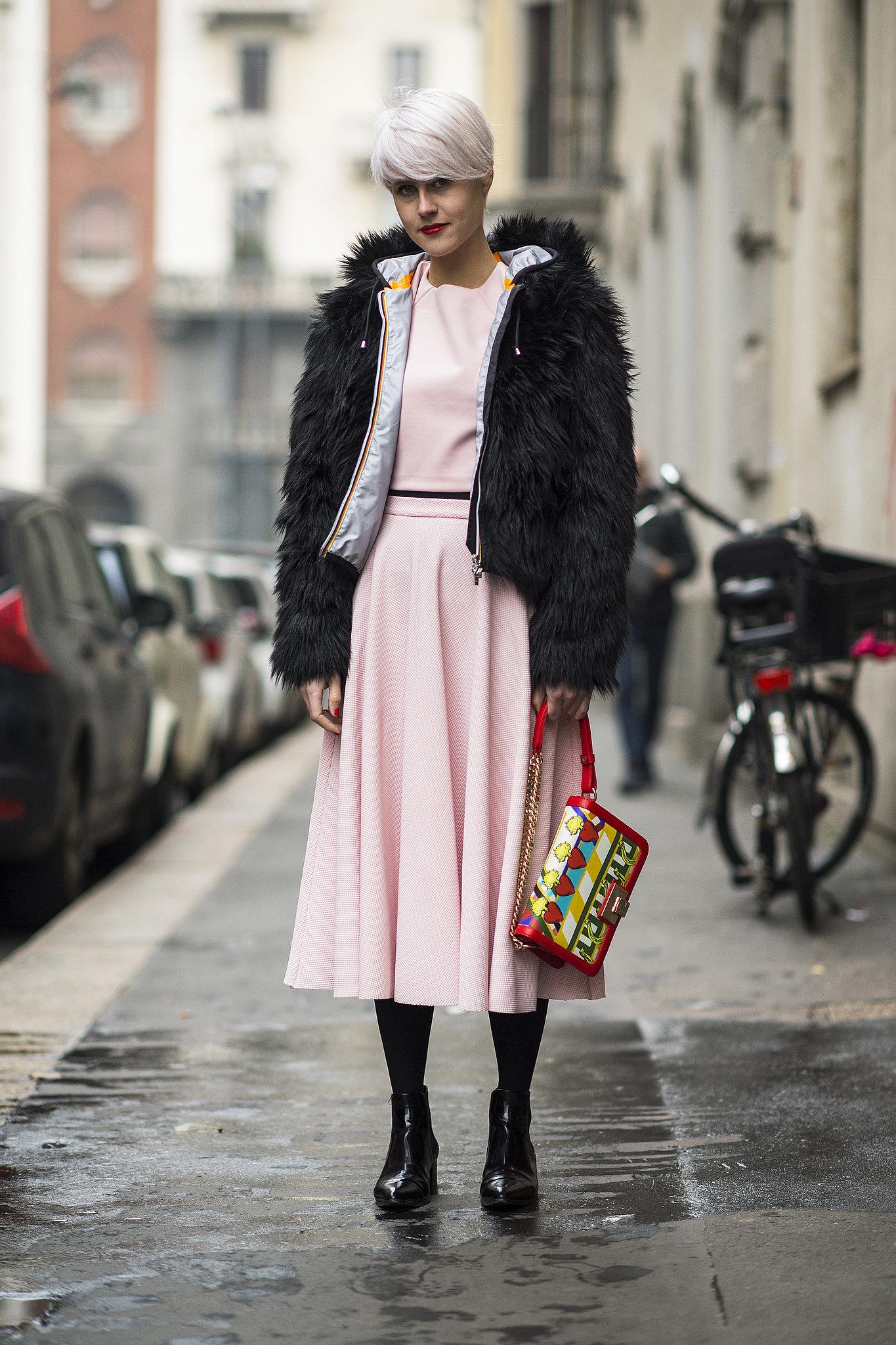 Petal pink goes surprisingly well with a dark fur, huh? Source: Le 21ème | Adam Katz Sinding