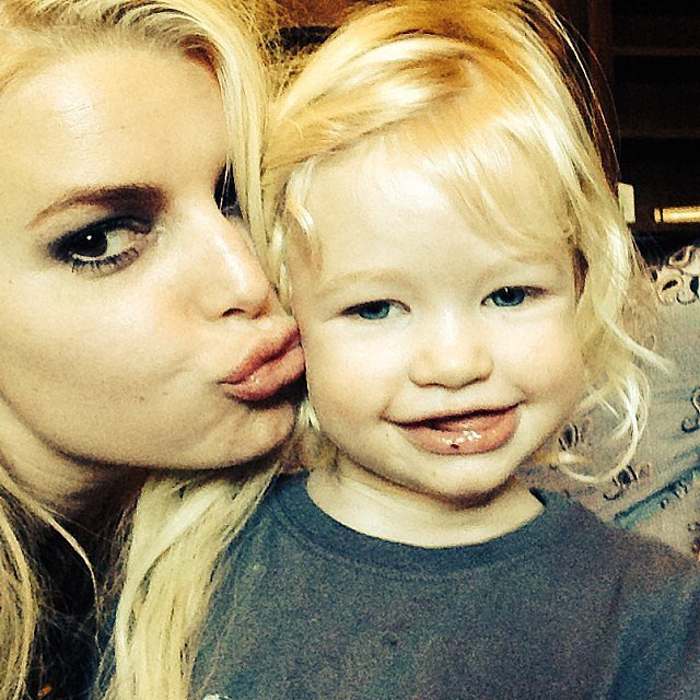 Jessica Simpson shared this precious snap of herself showing love to her daughter, Maxwell. Source: Instagram user jessicasimpson1111