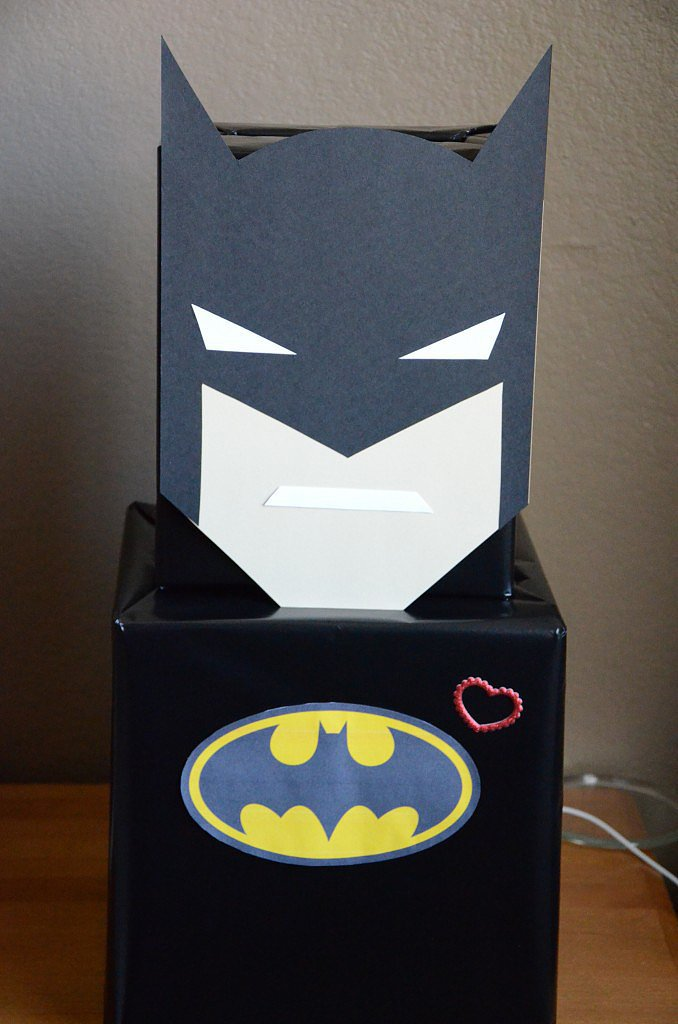 A Box o' Batman