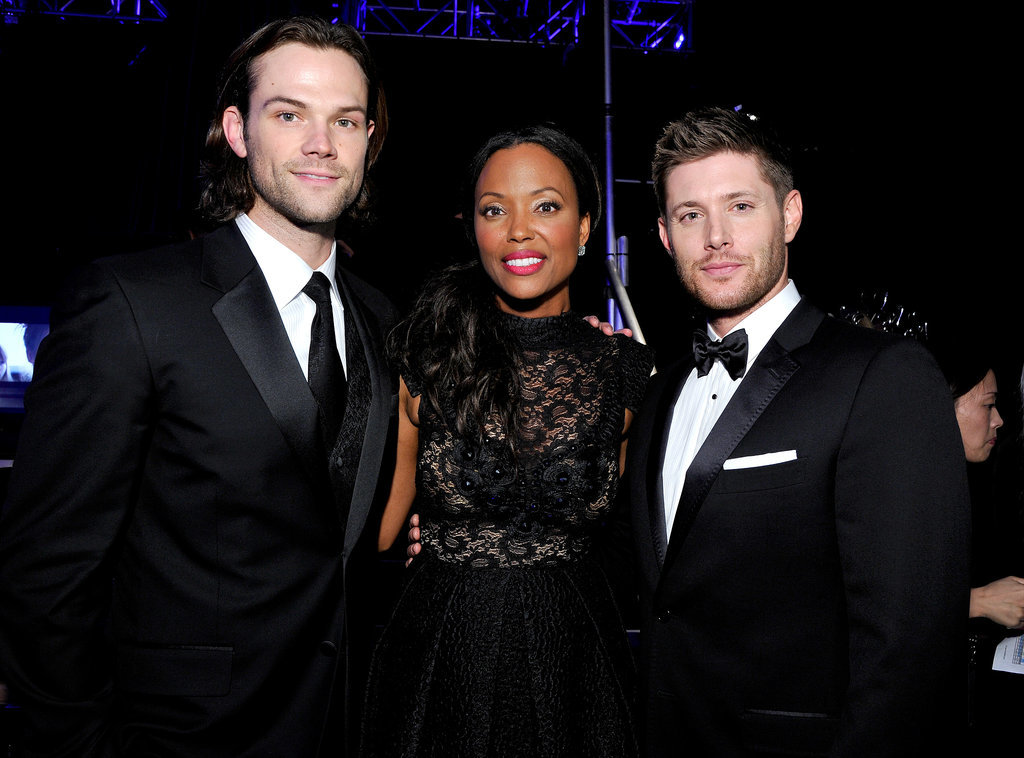 Host Aisha Tyler took a moment to score a photo with Jared and Jensen.