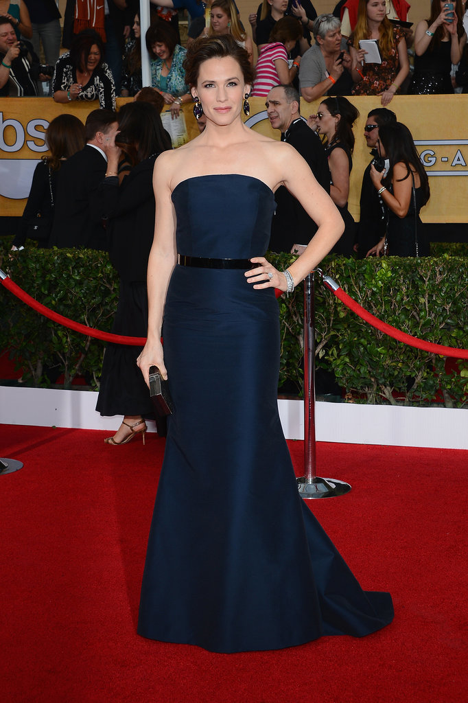 Jennifer Garner took our breath away in her Max Mara dress.