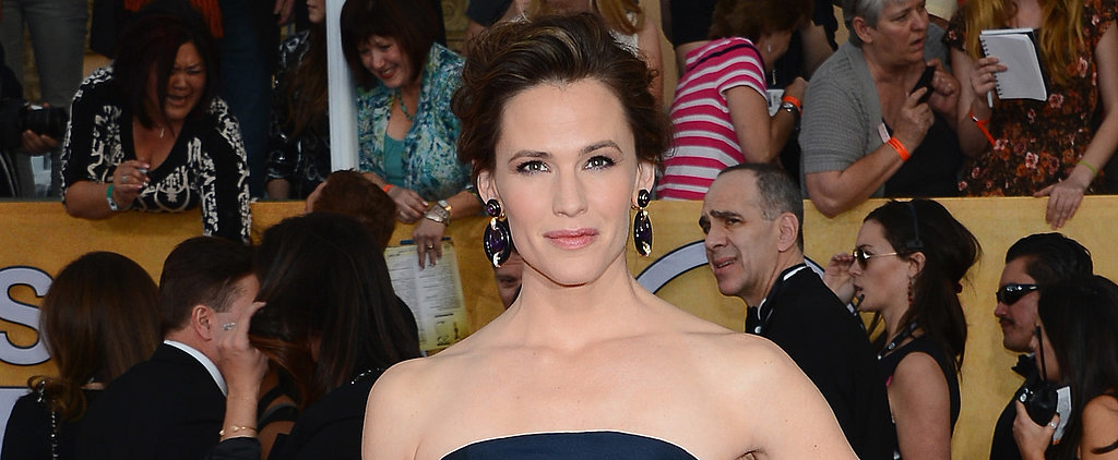 Will You Be Pinning Jennifer Garner's Lovely, Messy-Chic Updo?