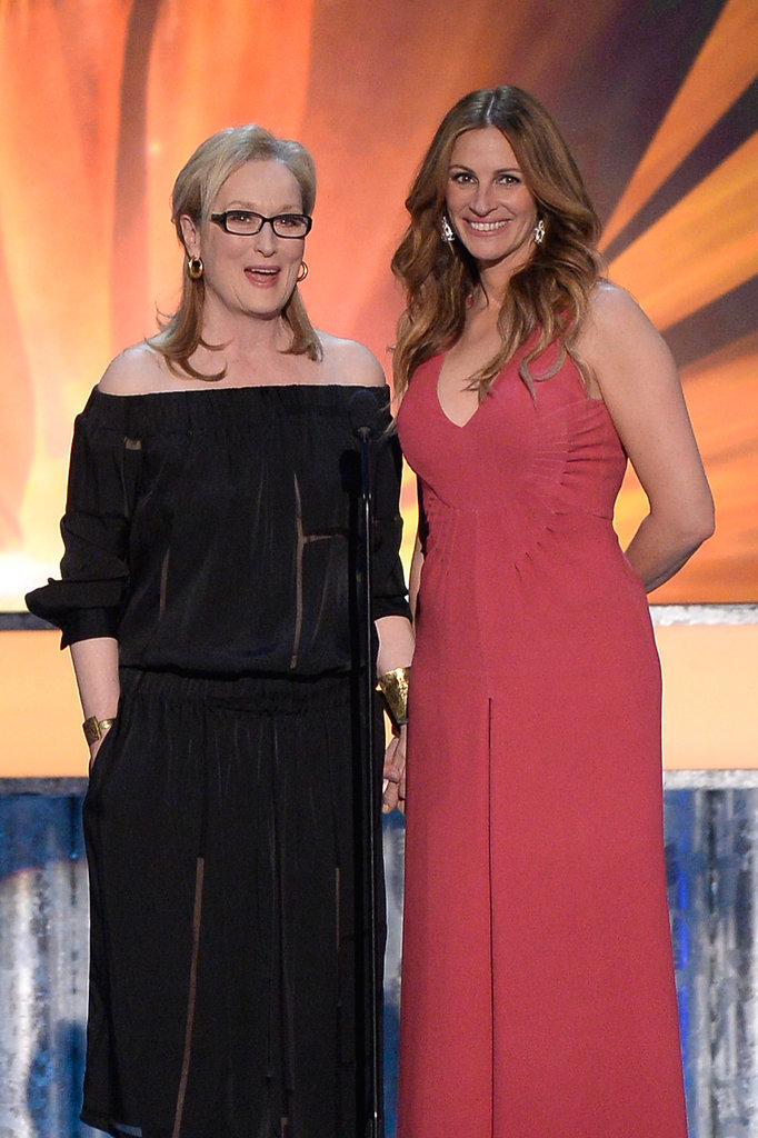 Julia Roberts Rocks Pink Pants at the SAGs