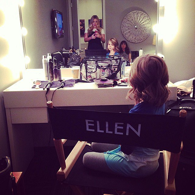 Busy Philipps had a little visitor — Birdie! — backstage at her Ellen taping. Source: Instagram user busyphilipps