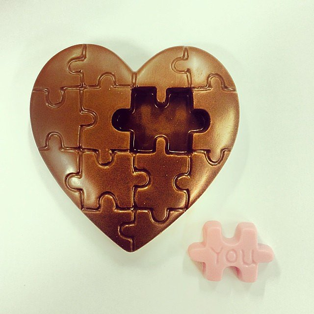 Woolworths knows the key to our hearts is chocolate. Let's hope our partners do too, right? Valentine's Day is T minus 21 days and counting down. . . Grab this cute V-day chocolate for $5.00 from Woolworths.