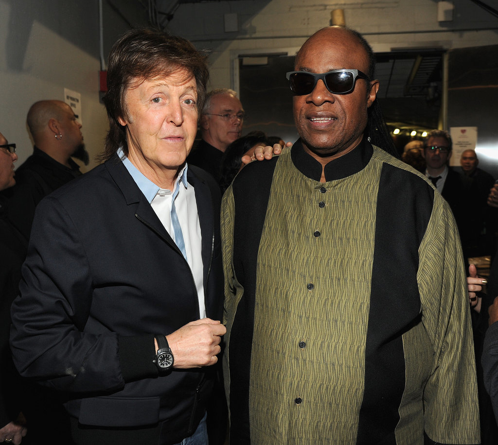 http://media3.onsugar.com/files/2014/01/26/036/n/1922398/5967fd33f44ac82b_465254473.jpg.xxxlarge/i/Paul-McCartney-Stevie-Wonder-2014-Grammy-Awards.jpg