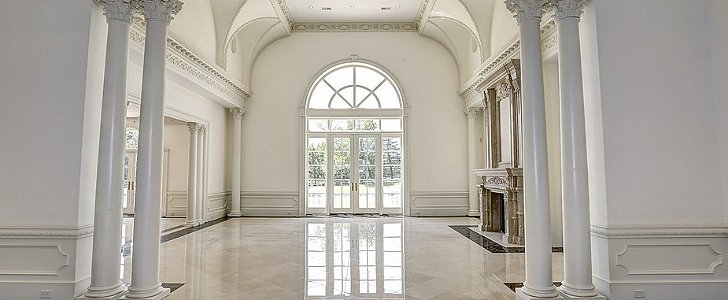 For Sale! The 12 Largest Homes in America
