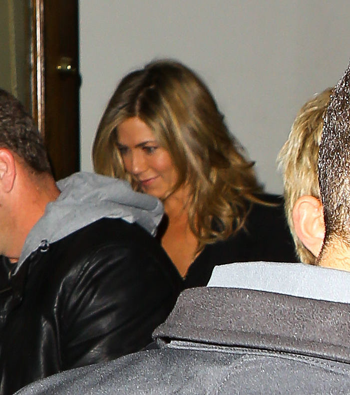 Jennifer Aniston's New Haircut 2014 | Photos