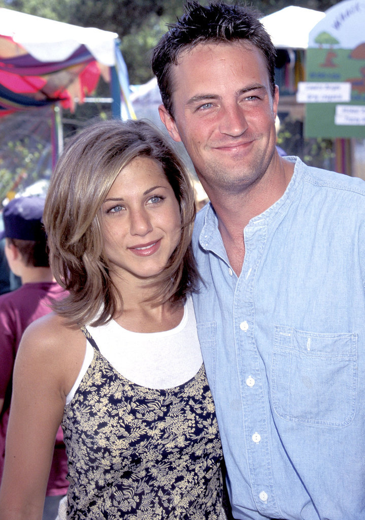 She hung out with her Friends costar Matthew Perry at an AIDS Foundation picnic in LA back in June 1995.