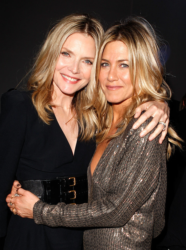 Jennifer hugged Michelle Pfeiffer at the Elle Women in Hollywood event in October 2011.