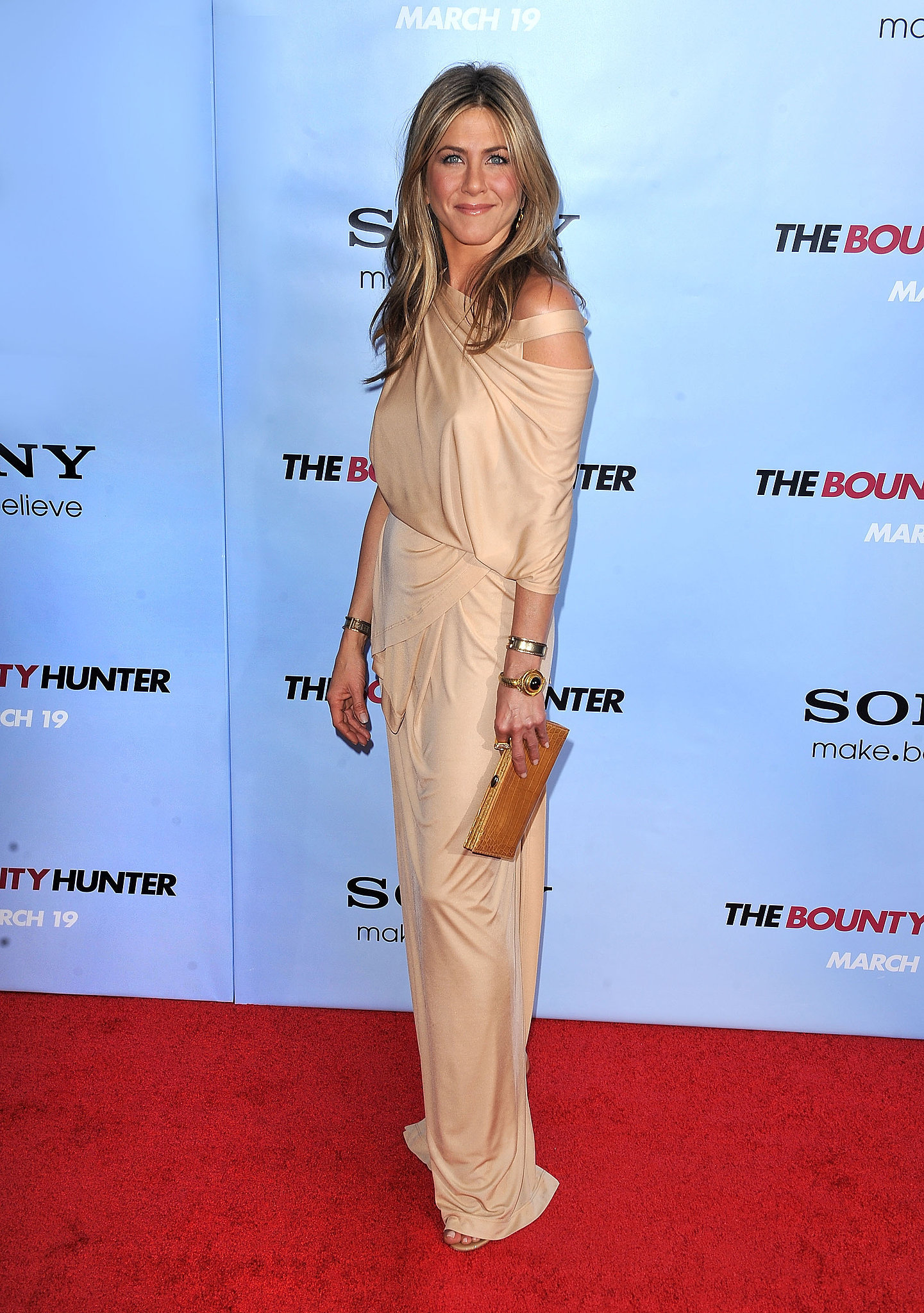 Jennifer aniston red carpet style how jennifer aniston Jennifer aniston fashion style pictures