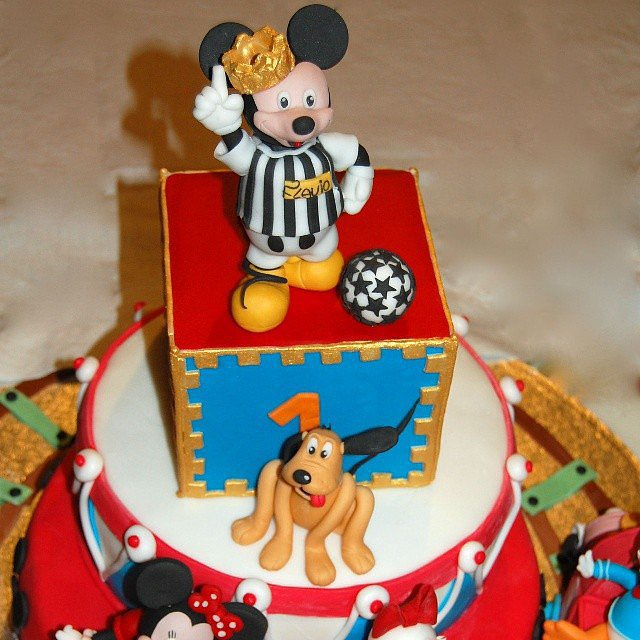 Soccer Star Mickey and Friends