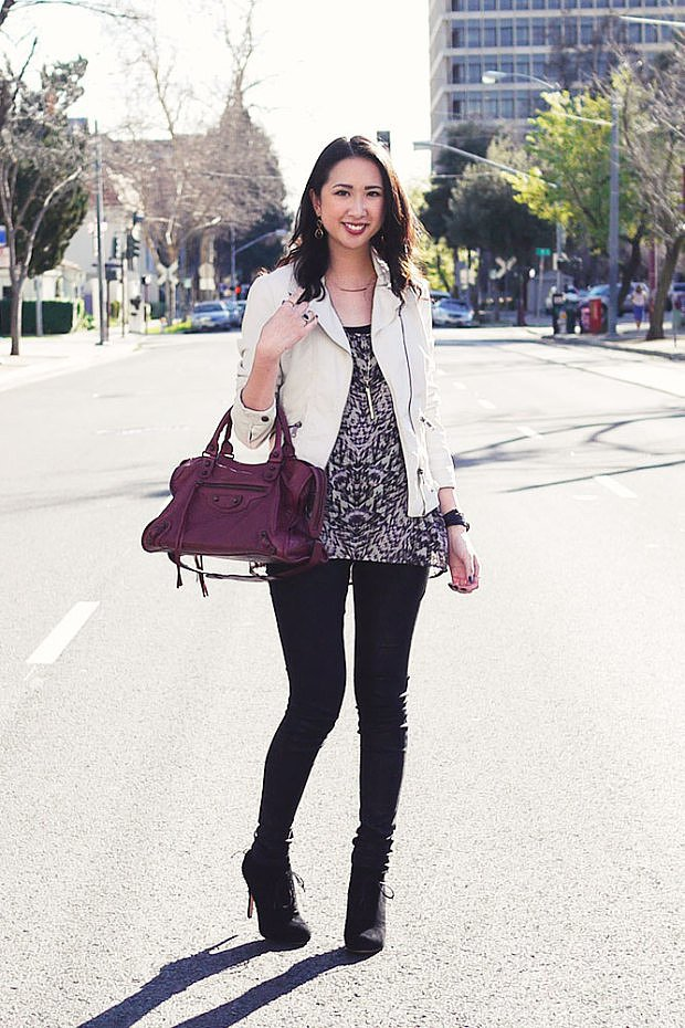 Congrats, ClosetLuxe! We spy a stylish satchel!