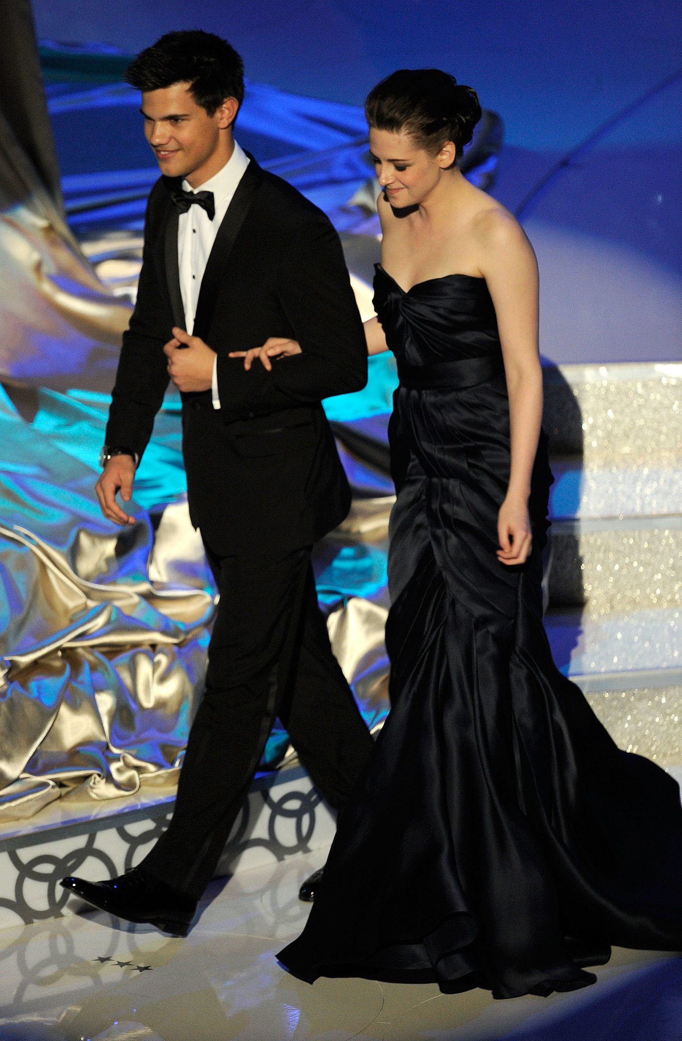 Kristen Stewart and Taylor Lautner presented at the 2010 show.