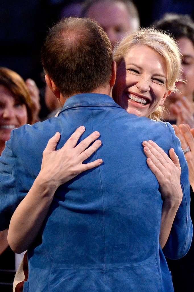 Cate had a big hug before taking the stage.