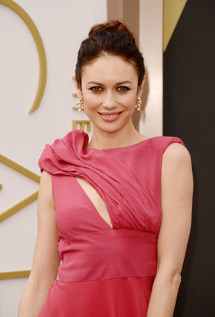 Olga Kurylenko at 2014 Oscars