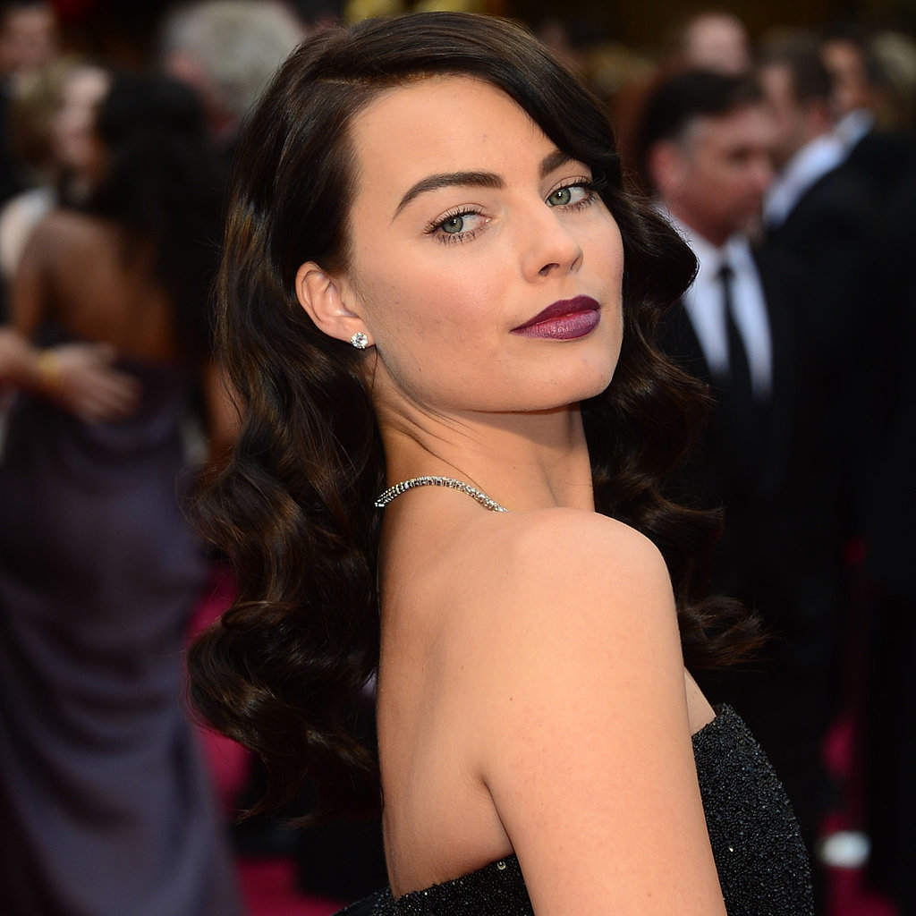 Margot Robbie's Hair and Makeup at Oscars 2014