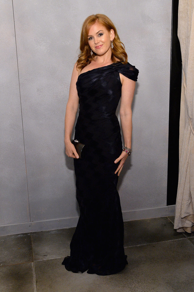 Isla Fisher struck a pose.