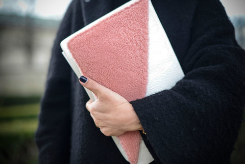 A clutch that wows us with color and texture.