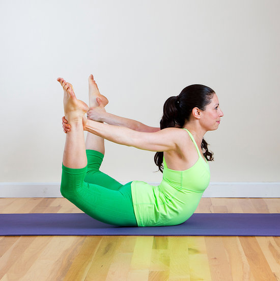 Yoga to Trim Stomach and Love Handles