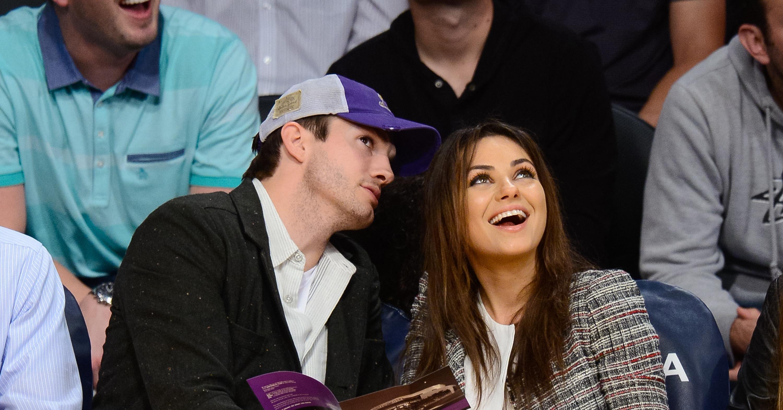 Ashton-Kutcher-Mila-Kunis-were-enthralled-game-between.jpg