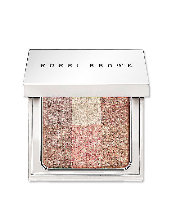 Bobbi Brown Brightening Finishing Powder in Nude