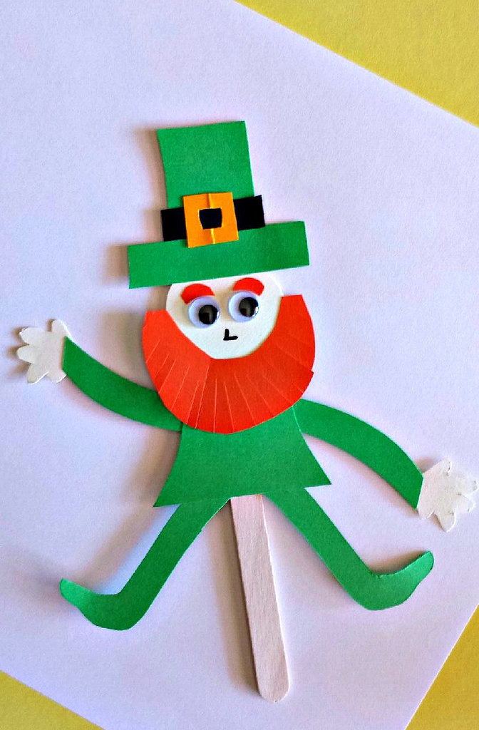 Popsicle Stick Leprechaun Puppet
