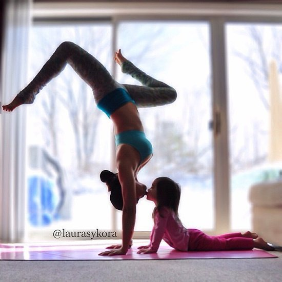 A Yoga-Loving Mom Becomes an Instragram Sensation (Without Breastfeeding!)