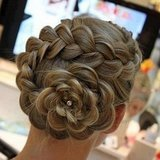 Flowerlike Braid
