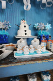 """Build a Snowman"" Doughnut Station"
