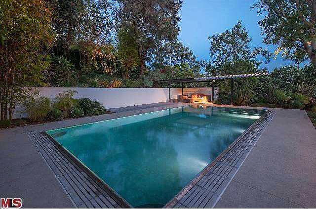 Another view of the secluded infinity pool.  Source: Redfin