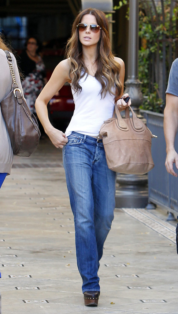 Kate Beckinsale in Boyfriend Jeans and a White Tank