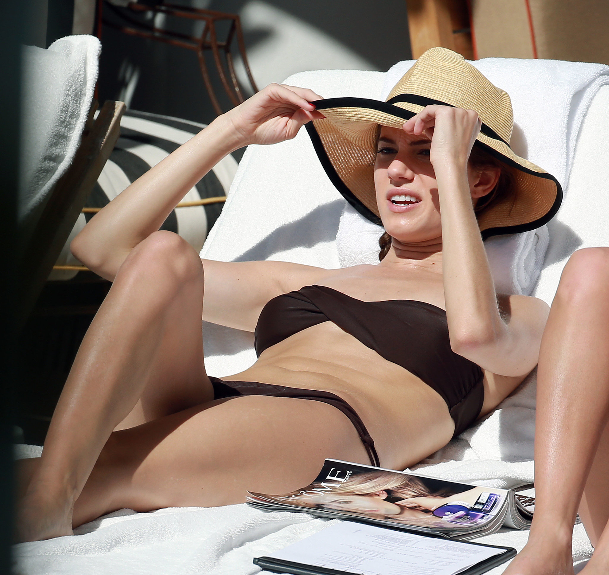 Allison Williams relaxed in a black bikini while in Miami in February 2013.