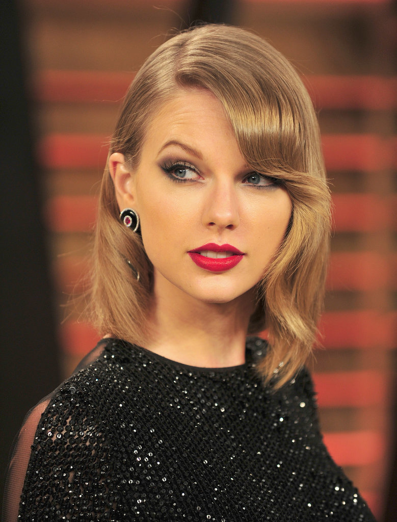 Taylor Swift's Long Bob