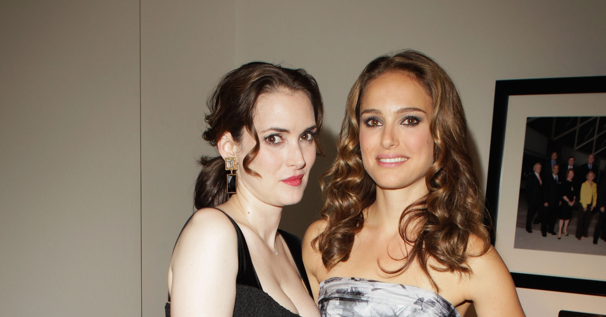 winona ryder cozied up to costar natalie portman at the 2010 tiff